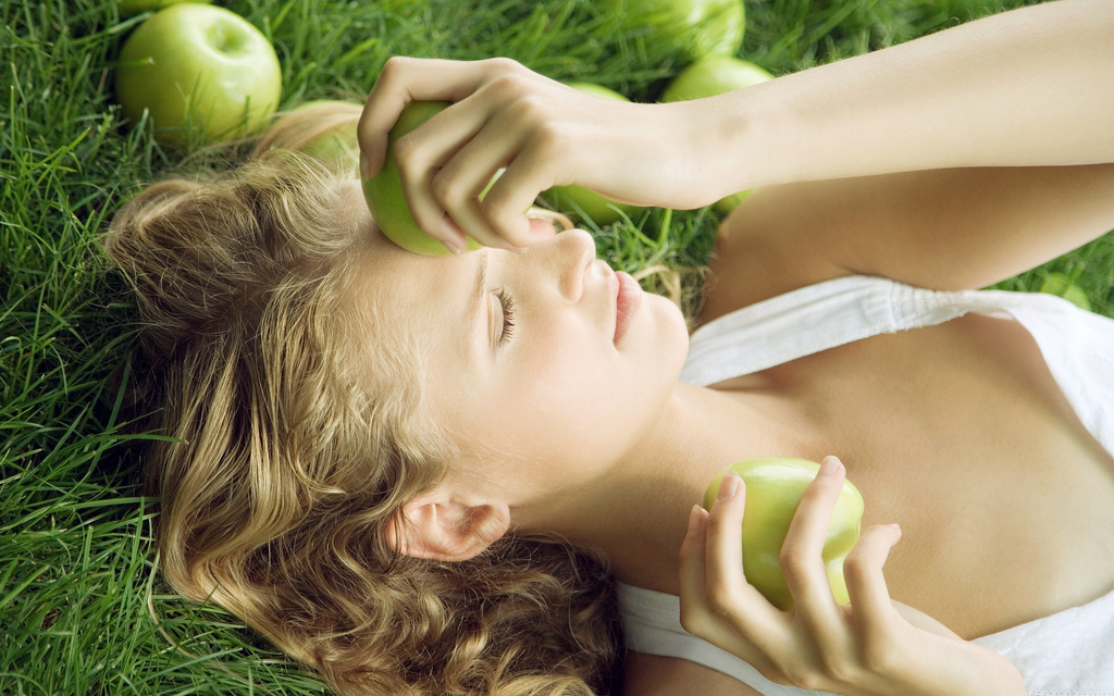 comsetice bio de ingrijire a pielii